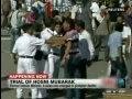 视频:实拍穆巴拉克支持者与反对者发生冲突