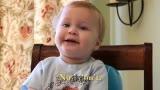 老爸和一岁宝宝的访谈 萌哭了!