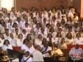 视频:惠特尼-休斯顿葬礼 唱诗班献歌送别