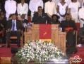 视频:惠特尼-休斯顿葬礼 R.Kelly深情献唱