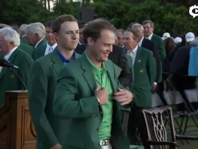 斯皮思为威利特穿上绿夹克