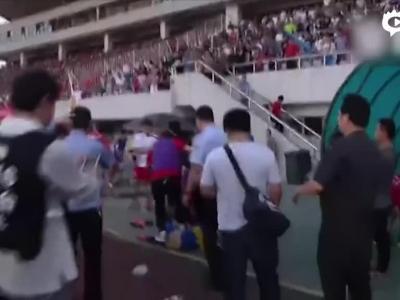 球员视角复原群殴现场