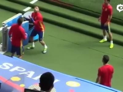 西班牙国家队赛前训练