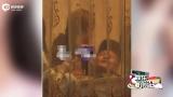 视频:杨紫秦俊杰恋情曝光 聚餐时二人甜蜜亲吻