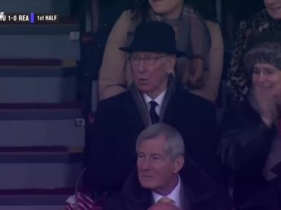 鲁尼平队史纪录曼联4-0