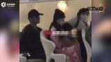 视频:范冰冰李晨上海看豪宅 范妈妈贵气十足
