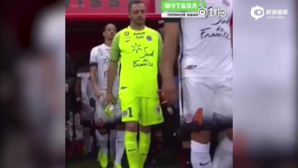 视频-刘烨爱子现身法甲赛场 小诺一当球童呆萌可爱