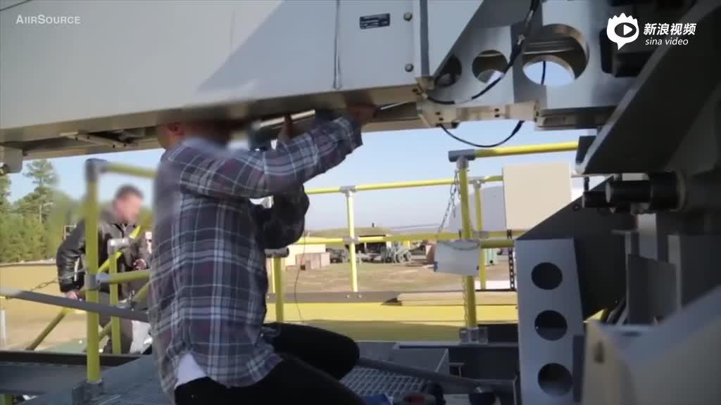 美国海军进行电磁炮试验