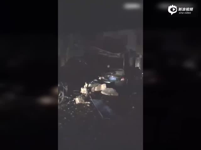 山西浮山县一住民楼产生爆炸 楼房坍塌汽车被埋