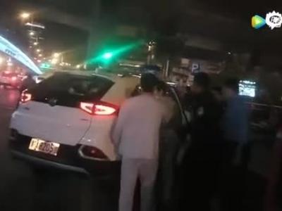 郑州一患者手机被偷,家属担心小偷报复!_腾讯视频
