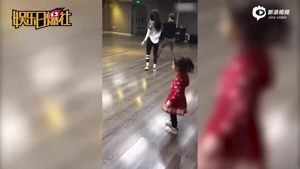 甜馨化身灵魂舞者秀舞技