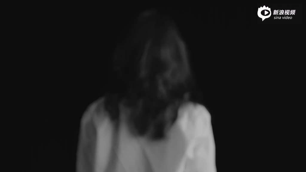 杨幂演周笔畅《无所事事》MV