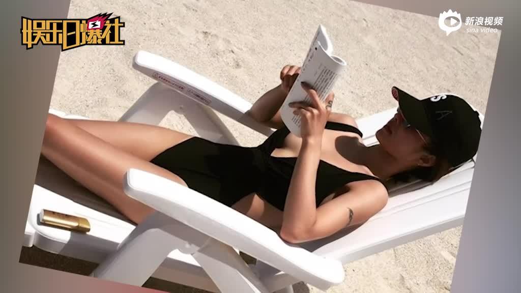 蔡依林秀性感海滩享受日光浴