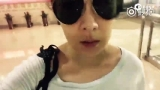 视频:刘若英航班取消 机场苦中作乐略带小情绪