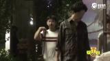 视频:新恋情?潘粤明深夜牵手同组女演员