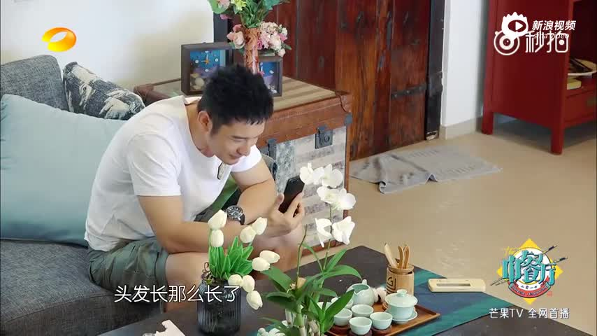 黄晓明和baby小海绵视频,厨艺受到官方吐槽