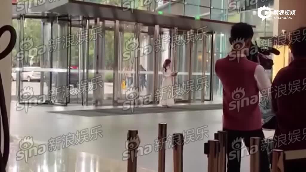 上班偶遇林志玲!