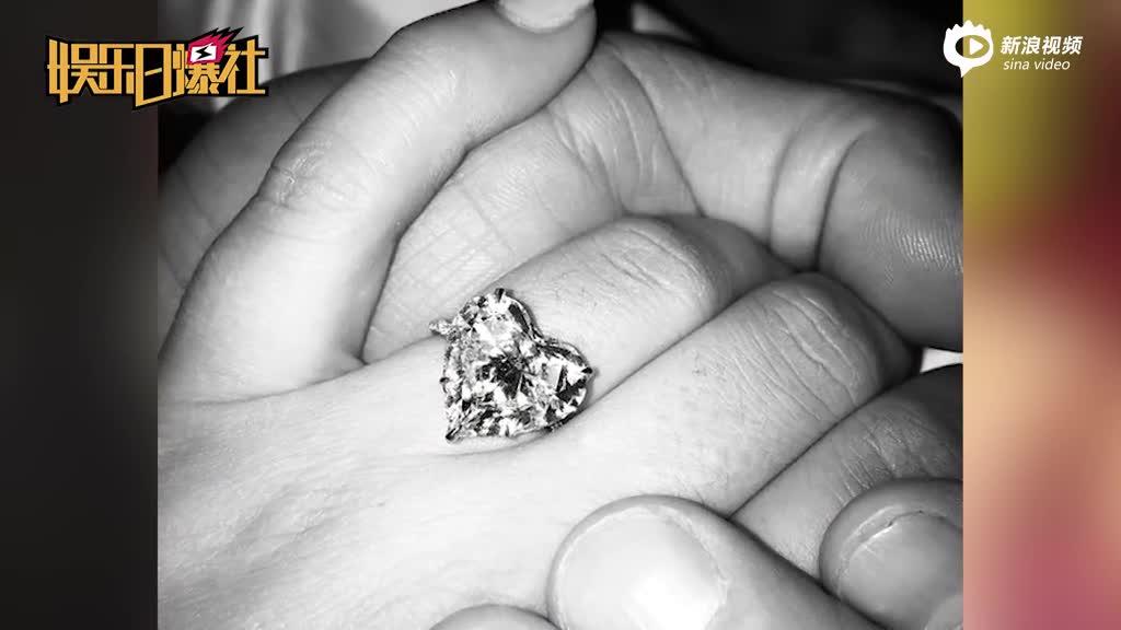 LadyGaga被传与男友订婚