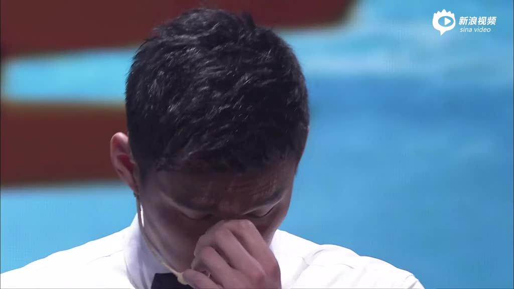 视频:孙杨欲争中国800自首枚奥运金牌忆亲人泣不成声