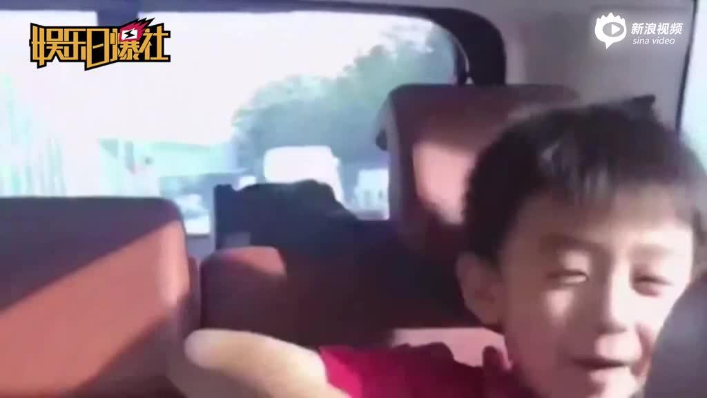 视频:张柏芝俩儿子唱歌自信满满手舞足蹈画面可爱