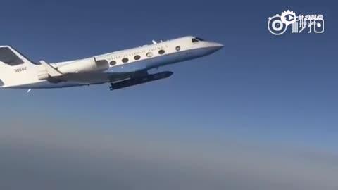 湾流Ⅲ飞机挂载美国go1飞行器全尺寸惰性试验件进行系