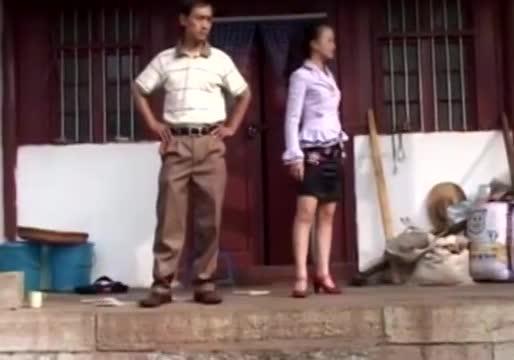 云南搞笑山歌剧 这就是花心男人与花心婆娘的下场 中集 3图片