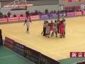 湖南涟源单位职工篮球赛发生冲突 球员观众数十人打成一团