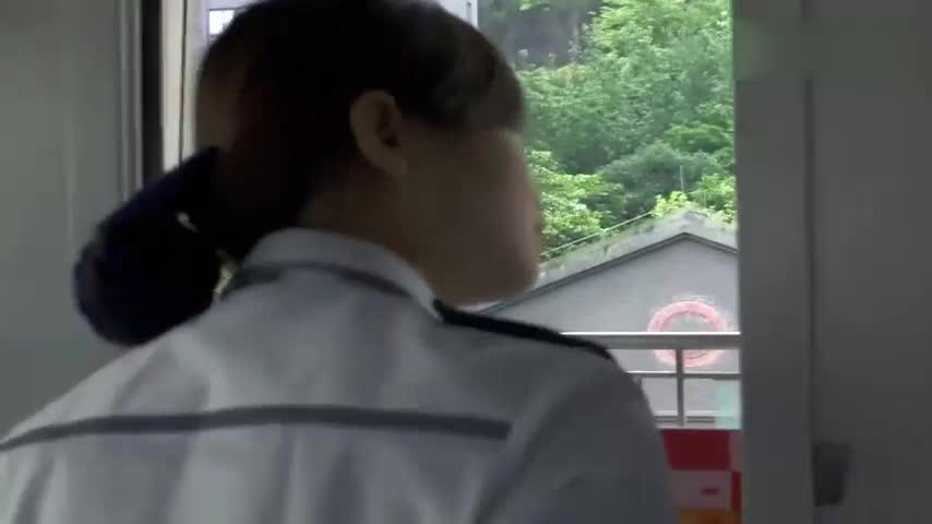 90后轻轨女司机带你看不一样的重庆美景