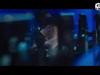 2018英雄联盟电竞品牌片《谢谢你的坚持》