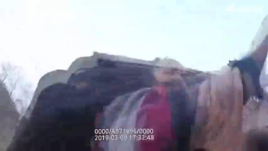 精神異常引起群眾恐慌 開封蘭考民警現場制服