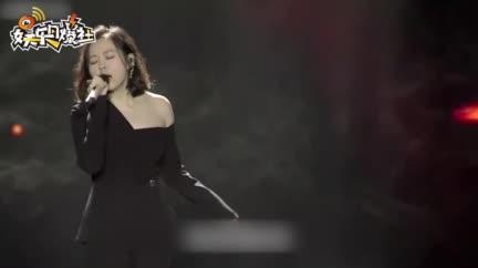 视频:张靓颖获年度最佳女歌手 喜提歌后九连冠