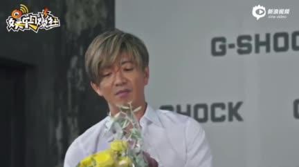 视频:追星赢家!罗志祥与偶像木村拓哉首次同框互赠礼