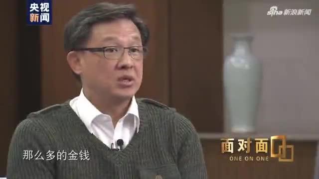 视频-央视专访何君尧:遇刺使我恐惧 但我不做逃兵