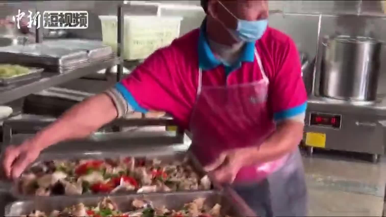 视频:高校捕鱼2000多斤 请全校师生免费吃