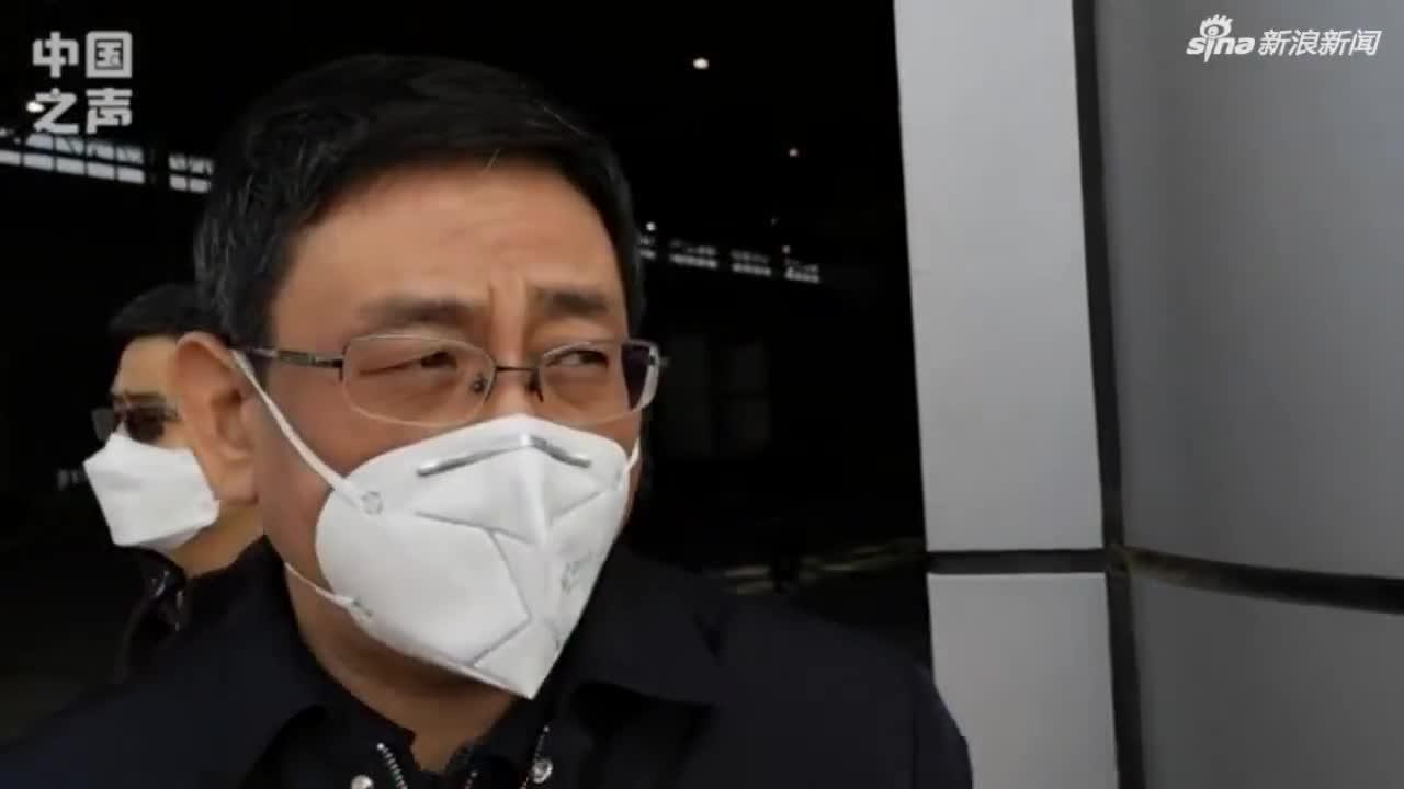 视频:武汉市常务副市长胡亚波回应物资紧缺问题