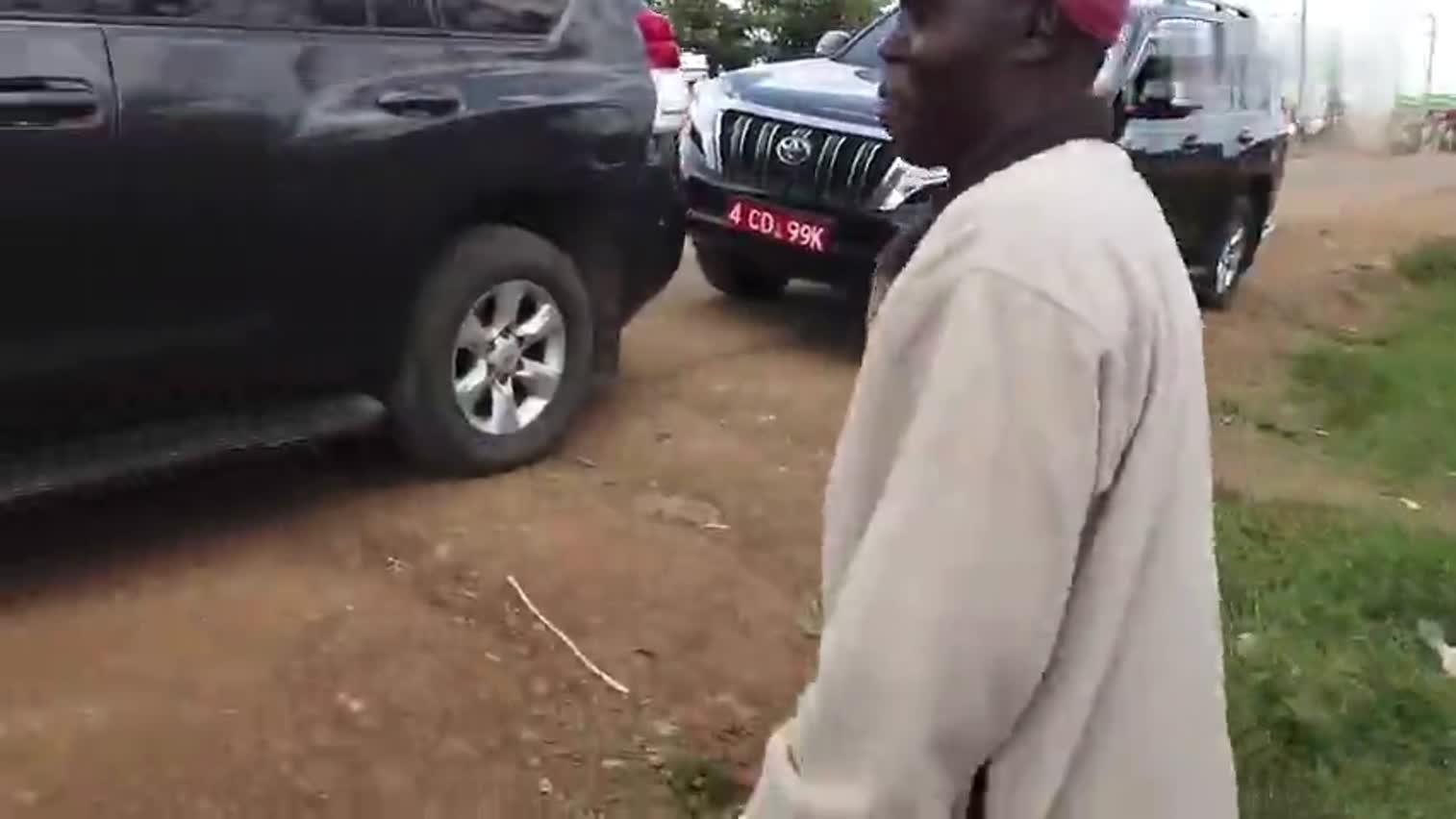 视频 新华社记者直击东非蝗灾现场