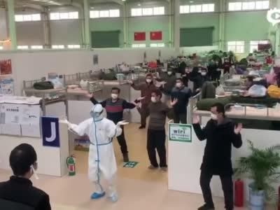 广西壮医特色舞步2