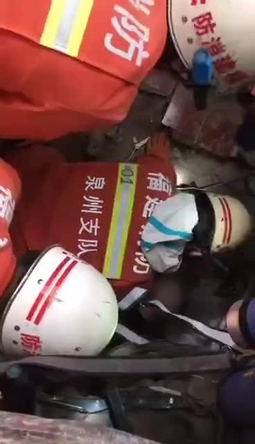 视频-生命奇迹!泉州酒店一男子68小时后被救出