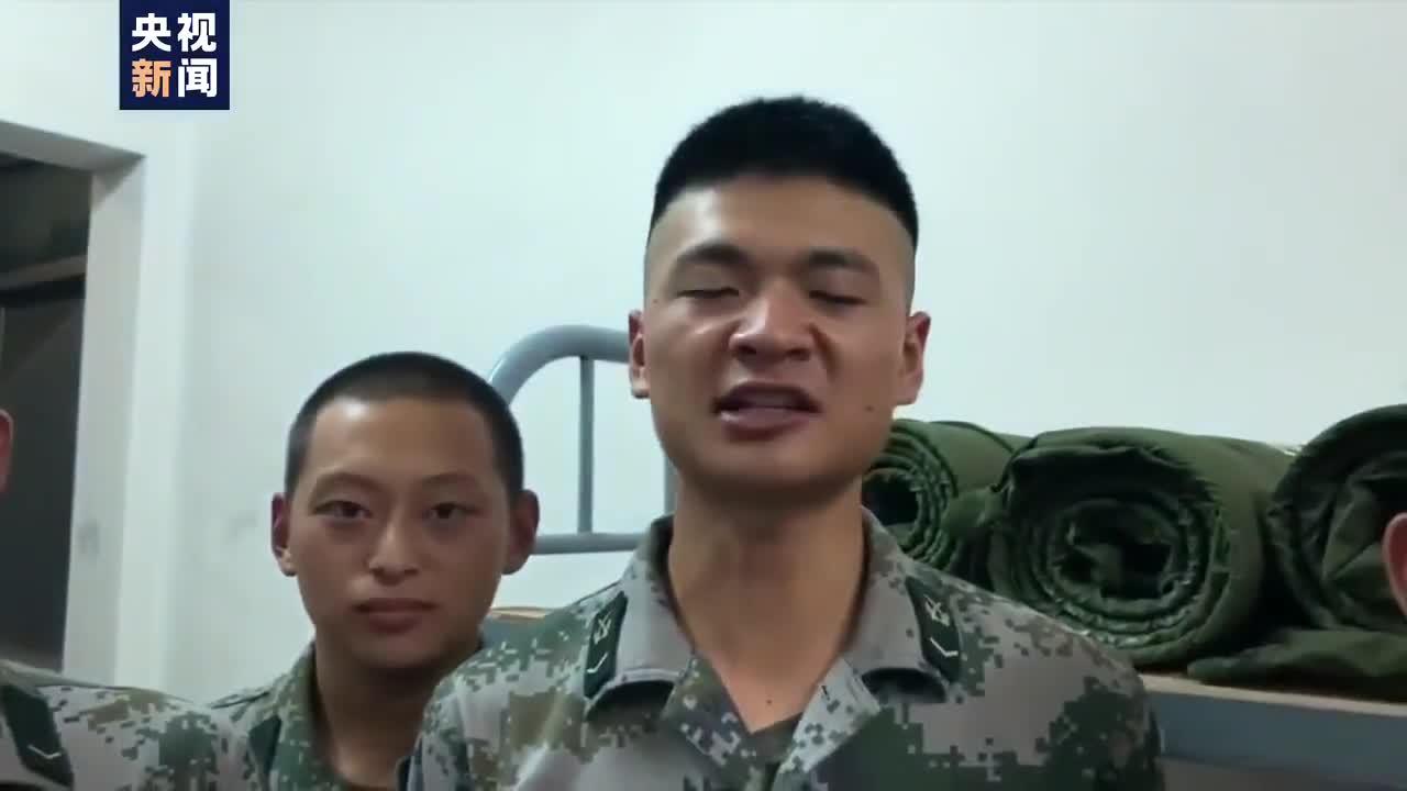 祝福!被洪水卷走的战士出ICU后补过生日