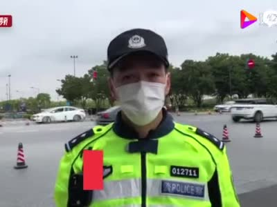 国庆假期上海商圈迎消费高峰 公安机关备足警力保平稳