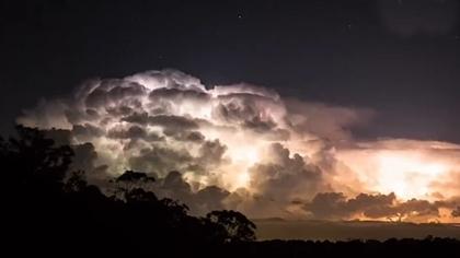 澳洲雷暴延时摄影 感受大自然神奇壮丽