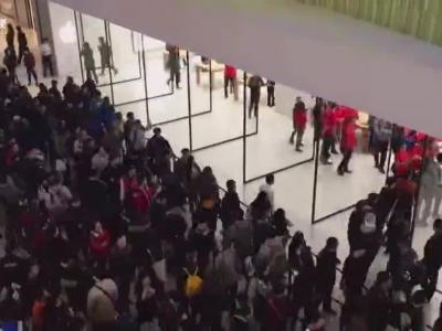 苹果上海七宝店开业速录视频