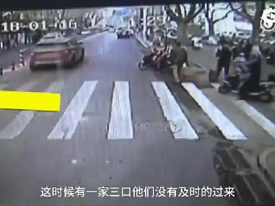 #为爱让行#行人难过马路,郑州公交车长怒... 来自新浪广东 - 微博