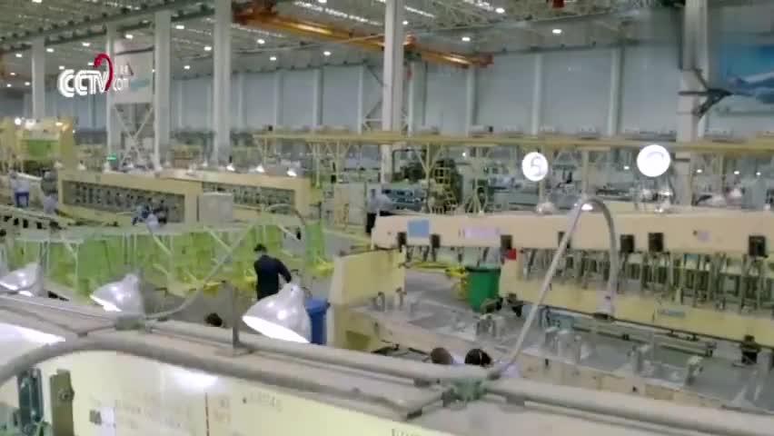 视频:实锤!运20正在批量生产 生产线首次曝光
