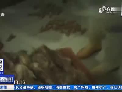 """恶心!记者卧底昌乐某工厂,曝光""""风味炸鸡""""加工黑幕!令人作呕"""