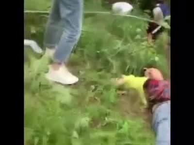 今天,位于成都双流太平镇的一处儿童室外游乐场发生事故