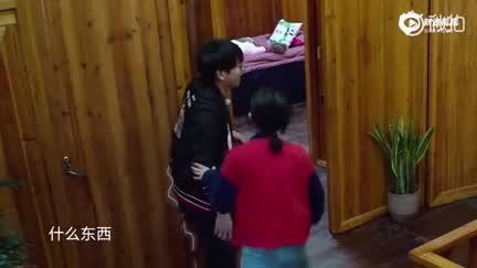 视频:《向往的生活》彭昱畅体重曝光142斤