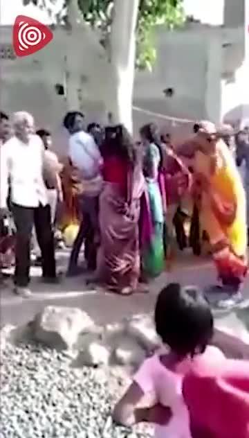 视频-妻子出轨与情人私奔!丈夫将小三绑树上鞭打