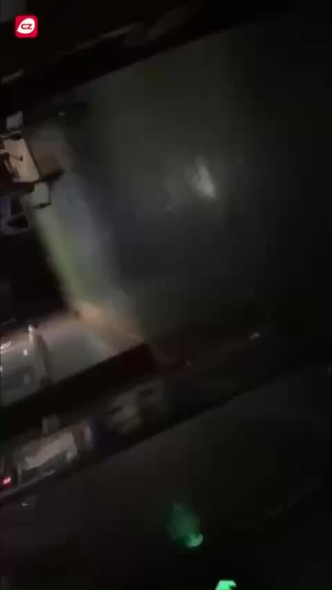视频 广东民房发生火灾:妈妈护女丧生 爸爸仍在I