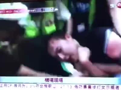 环球网记者付国豪在香港记者遭非人道对待